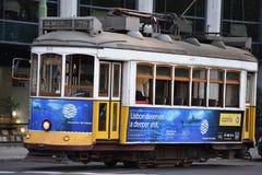 Historyczny tramwaj 28 w Lisbon, Portugalia Obraz Stock