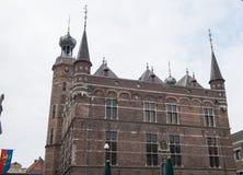 Historyczny urząd miasta z góruje w Venlo, Holandia Zdjęcia Stock