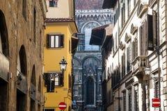 Histroical alloggia le facciate a Firenze Fotografia Stock