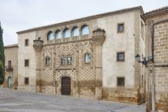 Hiszpański reinassance budynek w Baeza, Jaen Jabalquinto pałac fasada obraz stock