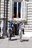 Hiszpańszczyzny Royal Palace chronią Zdjęcia Royalty Free