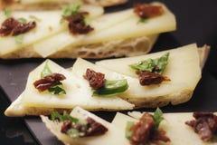 Hiszpańska kuchnia, serowy tapa obrazy royalty free