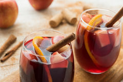Hiszpański sangria z czerwonym winem i owoc Zdjęcia Royalty Free