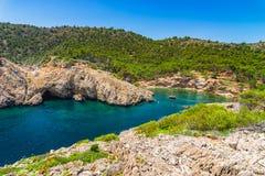 Hiszpania morze śródziemnomorskie Mallorca, piękny podpalany Cala Monjo Majorca Obraz Royalty Free