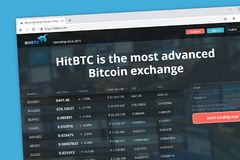 HitBTC flyttade fram Bitcoin cryptocurrencyutbyte arkivfoto