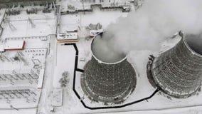 Hitte elektrische post in de winter Lucht Mening Hoogste mening, helikopterspruit stock video