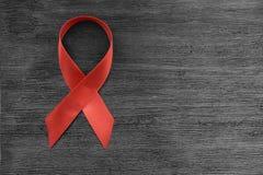 HIV rosso del nastro, AIDS Fotografia Stock Libera da Diritti
