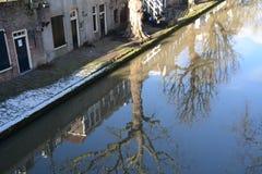 Hiver-ciel au-dessus de De Zaanse Schans en Hollande Image libre de droits