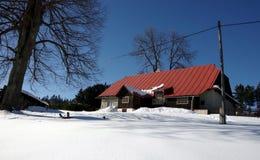 Hiver dans la région Moravian-silésienne de montagnes Photographie stock libre de droits