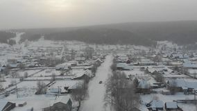 Hiver de village de Kusiya banque de vidéos