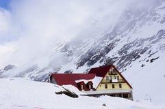 Hiver en montagnes Photo stock