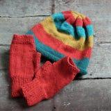 Hiver, gants tricotés, chapeau de knit Image stock
