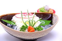 Hiyashi Somen,日语使面条变冷供食与浸洗的sau 库存图片