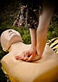 hjälp första utbildning för hdrfotoresuscitation Arkivbilder