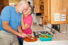 hjälpande rv-pensionärthanks Royaltyfri Fotografi
