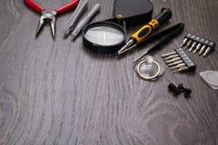 Hjälpmedel för reparation av elektronik royaltyfria bilder