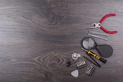 Hjälpmedel för reparation av elektronik arkivbild