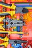 Hjälpmedelask med elektriska hjälpmedel och delar Royaltyfri Fotografi