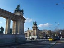 Hjältar kvadrerar Budapest royaltyfri bild