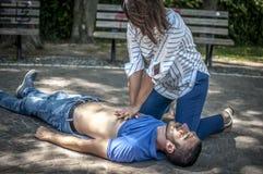 Hjärt- massage royaltyfria foton