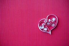 Hjärta av papper som quilling för valentin dag Royaltyfri Fotografi
