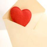 Hjärta av rött från brevlådan Royaltyfria Bilder