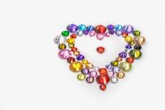 hjärta dekorerade med färgrika diamanter för valentindag Royaltyfri Fotografi