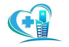 Hjärta för byggnad/för sjukhuset/för staden för läkarundersökning formade arg vård- logo Royaltyfria Foton