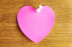 Hjärta för tomt papper Arkivbild