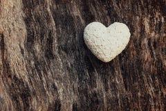Hjärta för valentindagvit Royaltyfria Bilder
