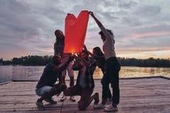 Hjärta formad lykta fotografering för bildbyråer