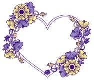 Hjärta-formad ram med dekorativa blommor Royaltyfri Foto
