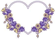 Hjärta-formad ram med dekorativa blommor Royaltyfria Foton