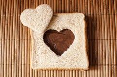 Hjärta formad smörgås Royaltyfria Bilder