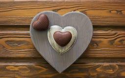Hjärta formade choklader Arkivbild