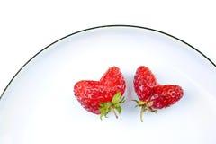 hjärta formade jordgubbar Fotografering för Bildbyråer