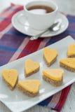 Hjärta formade ostsmörgåsar Arkivfoto