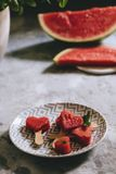 Hjärta-formade skivor av vattenmelon Royaltyfria Foton
