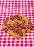 Hjärta formar pasta Royaltyfria Bilder