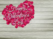 Hjärta från blommor på trätabellen 10 eps Arkivfoton