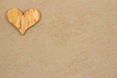Hjärta i sanden. Royaltyfri Foto