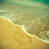 Hjärta i sanden Royaltyfria Foton