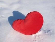 hjärta i snow arkivfoto