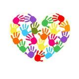 Hjärta med den färgrika handen skrivar ut vektorbakgrund Arkivbild
