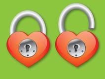 Hjärta med låser royaltyfria foton