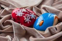 Hjärta- och blåttdatormus valentin för dag s Royaltyfria Foton