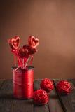 Hjärta på en pinne för valentin dag Arkivbild