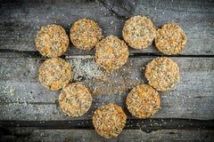 Hjärta som göras av kakor Fotografering för Bildbyråer