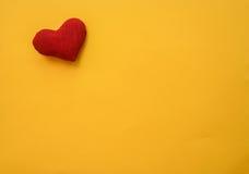 Hjärta som göras med händer Royaltyfri Foto