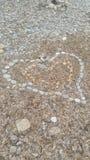 Hjärta stenar Lovestory förälskelse Arkivfoto